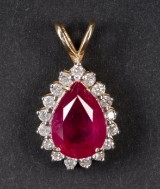 Rubin- og diamant vedhæng
