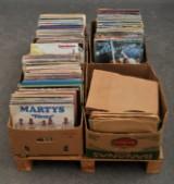 Parti vinylskivor och stenkakor