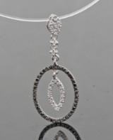 Black and white brilliant-cut diamond pendant approx. 0.21ct