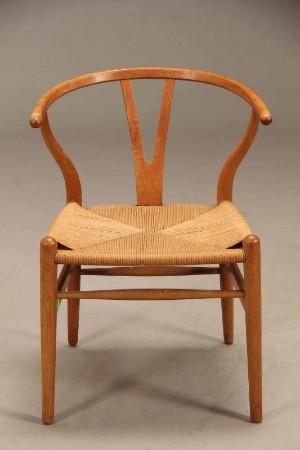 hans j wegner y stol model ch 24 egetr. Black Bedroom Furniture Sets. Home Design Ideas