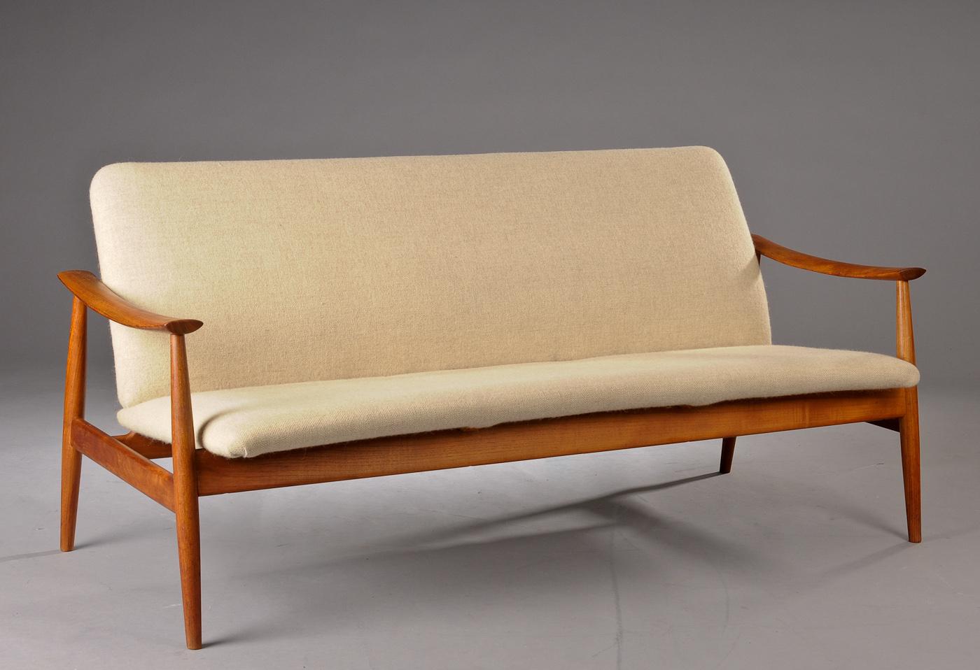 Superbe Finn Juhl. Sofa Model 138 Af Teak Click Here To See A Larger Picture