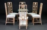 Spisebord med ottekantet glasplade samt seks spisestuestole (7)