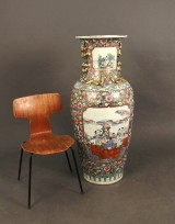 A large floor vase with chinoiserie