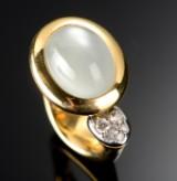 Ole Lynggaard. Emeli ring with moonstone and diamonds