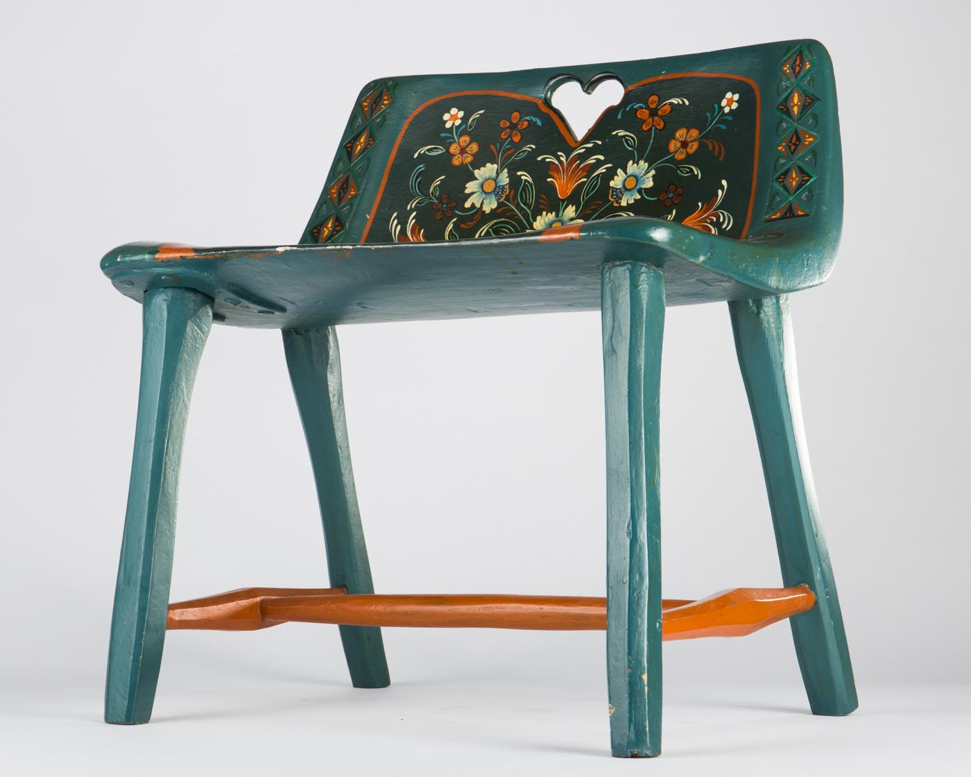 Kleiner stuhl simple paidi stuhl mit lehne lidl moll for Kleiner sessel mit hocker