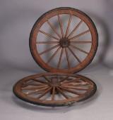Par store vognhjul, teaktræ (2)