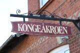 Familie-ophold for tolv pers. inkl. 3 retters menu på Kongeåkroen.