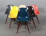 Charles Eames (1907 - 1978). Sæt på seks skalstole, multicolor, model DSW (6)