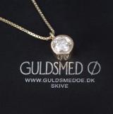 Guldsmed Ø. Brillant-solitairevedhæng af 14 kt. guld på ca. 2.27 ct