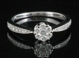 14kt diamond cluster ring approx. 0.35ct