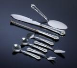 Carl M. Cohr. 'Herregård' serveringsdele med skafter af sølv (8)
