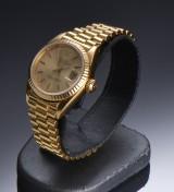 Vintage Rolex Oyster Perpetual Datejust, damearmbåndsur af 18 karat guld