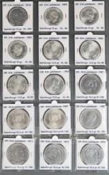 Samling Royale sølv jubilæumsmønter og 2.årssæt Kgl. Mønt (15)