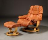 Stressless. Lænestol samt skammel, brunt skind (2)