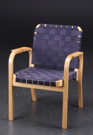Enormt Slutpris för Alvar Aalto. Stol af birketræ LX-99
