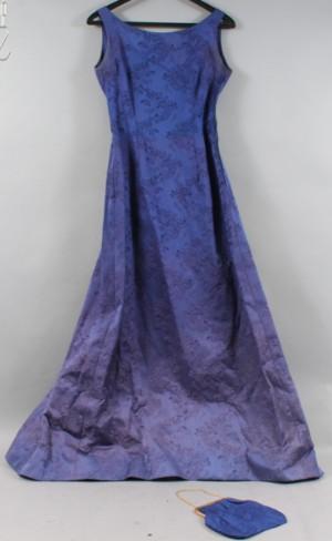 8e9c5f2ae46 Vintage Aftonklänning med väska uppsydd på Märthaskolan Stockholm