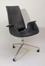 Preben Fabricius & Jørgen Kastholm Tulip Chair FK 6725