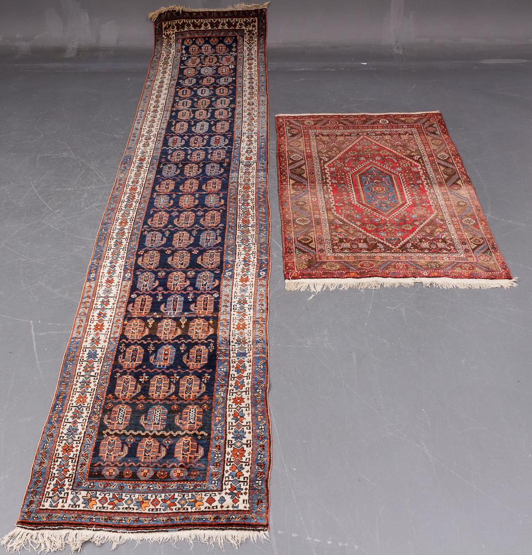 Persisk løber samt persisk tæppe - Persisk løber i målene 415 x 88 cm samt Persisk tæppe i Bidjar mønster str. 155 x 106 cm. Begge tæpper med alm. bruggsspor