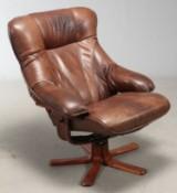Dansk møbelproducent. Lænestol af læder
