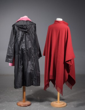 2dea6eff535 EASY COMFORT frakke str. 46, Poncho, rød uld, mrk. Samsø Nature ...