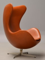 Arne Jacobsen. The Egg from 1965. Lounge chair with cognac 'Canyon' aniline leather