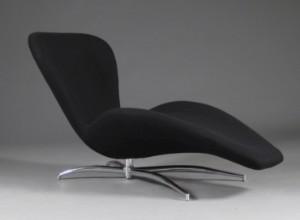 chaiselong stol Chaiselong betrukket med sort uldstof | Lauritz.com chaiselong stol