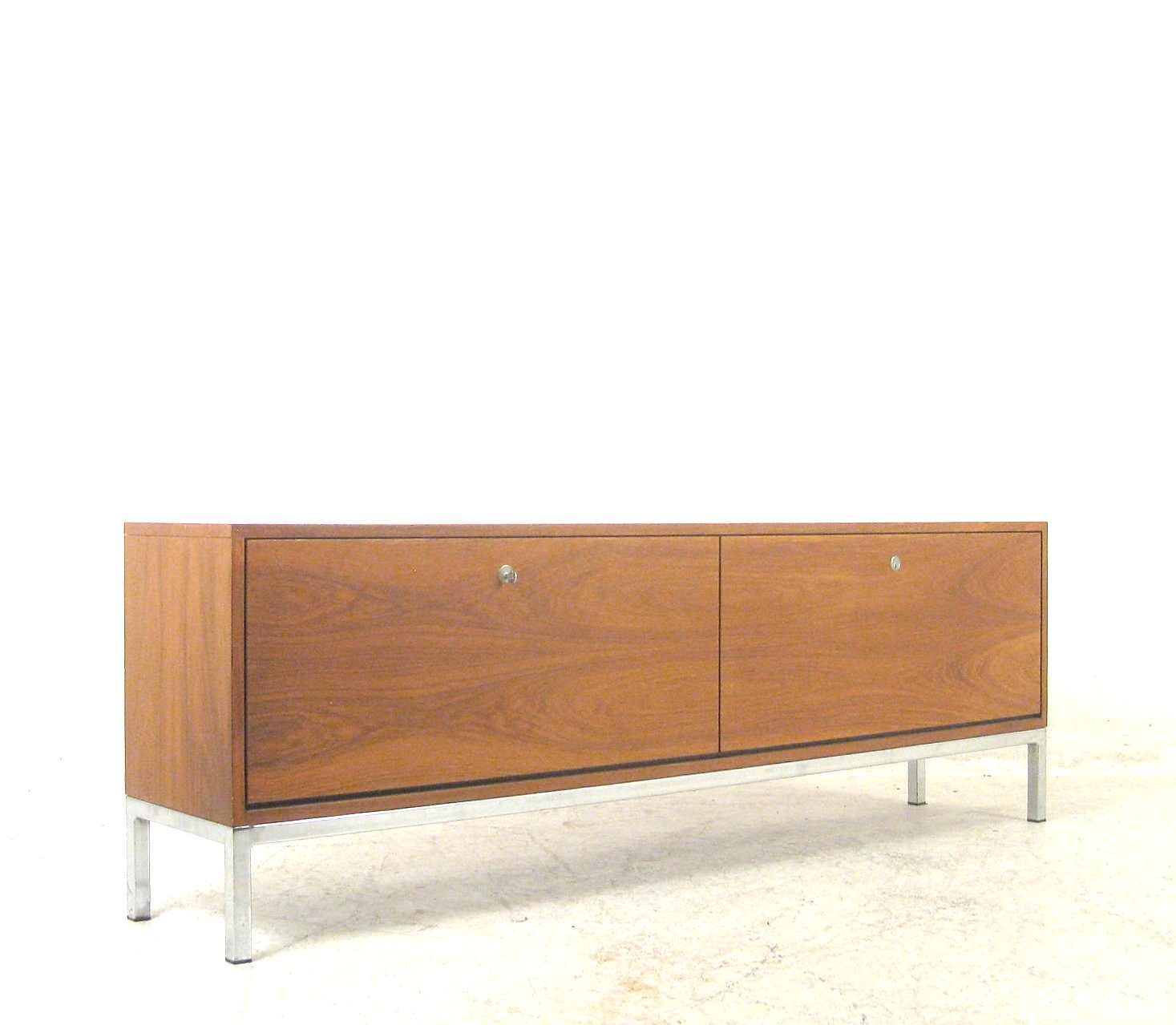 Auktionstipset for Sideboard 70er jahre