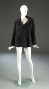 Kort vintage jakke af sort persianer.