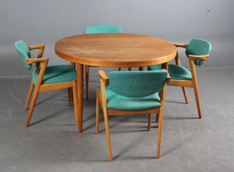 Auktionstipset   kai kristiansen. spisebord samt fire stole model ...