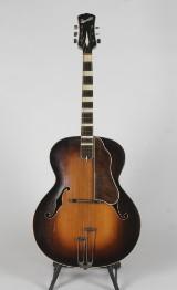 Yngve Barslev, Barslev Yankee orkestergitarr, 1945