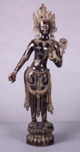 Figur af patineret bronze