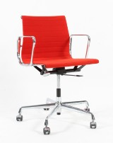 Charles Eames. Office chair, model EA-117, hopsack