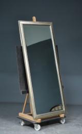 Spejl med facetslebet glas
