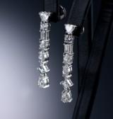 Paar italienische Diamantohrringe aus 18 kt. Weißgold, zus. ca. 3.30 ct. (2)