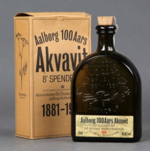 100 års jubilæumssnaps Aalb100 Aars Akvavit. 1881 1981. 8´Spendrup | Lauritz.com 100 års jubilæumssnaps
