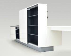 Piero Lissoni. Boffi køkken model Zone af Corian, rustfrit stål og polyester | Lauritz.com