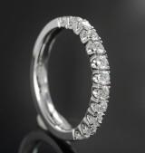 Half eternity ring featuring brilliant-cut diamonds approx. 0.50 ct.