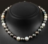 Tahitian cultured pearl necklace. Pearl Ø approx. 9.53 -12.05 mm