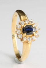 18kt diamond and sapphire ring approx. 0.25ct