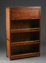Jytte Demuth. Hardwood shelf