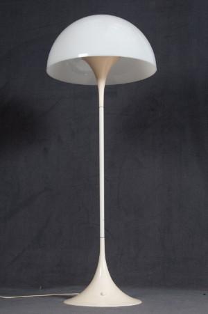 vara 3071687 verner panton stehlampe stehleuchte. Black Bedroom Furniture Sets. Home Design Ideas