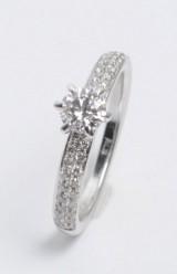 Brilliant-cut diamond ring, approx. 0.78 ct.
