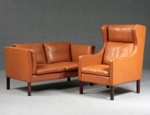dansk design sofa Dansk design. Sofa samt øreklapstol i Cognacfarvet skind (2  dansk design sofa