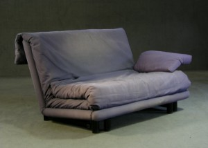 claude brisson schlafsofa multy f r ligne roset. Black Bedroom Furniture Sets. Home Design Ideas