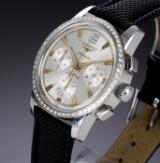 Longines 'Conquest Chronograph'. Herrenuhr aus Stahl mit silberfarbenem Zifferblatt und Brillanten, 2000er Jahre