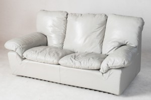 m bel 2 sitzer sofa grauer lederbezug. Black Bedroom Furniture Sets. Home Design Ideas