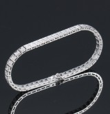 A classic diamond bracelet, 14 kt. white gold, total approx. 1.90 ct. G-H/SI