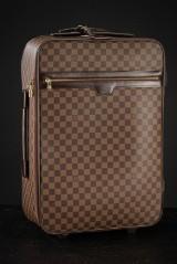 Louis Vuitton. Trolley Pegase 55
