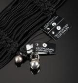Ole Lynggard. 'Dew Drops' charms af oxideret sterlingsølv med armbånd