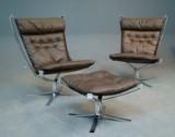 Sigurd Resell: Par højryggede hvilestole samt skammel, Falconserien